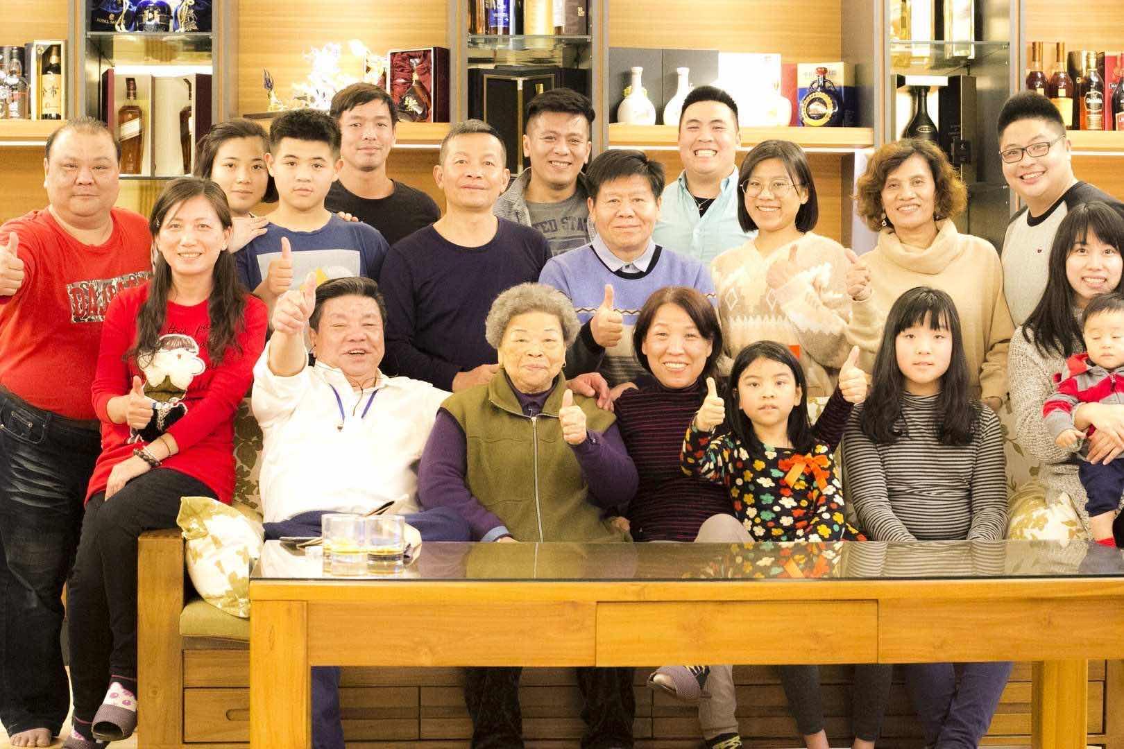 林昆佑與兄長承繼家業讓七朵好菇轉型