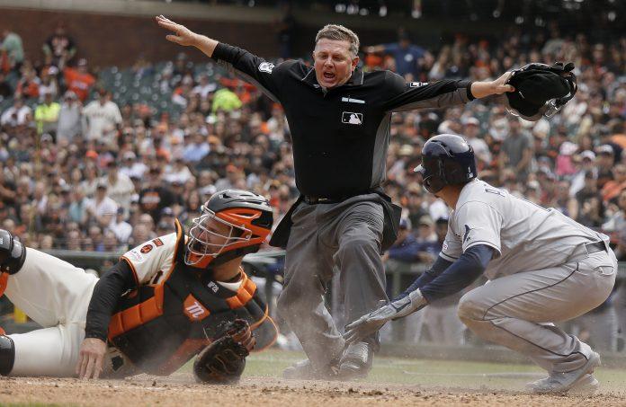 從中職最近本壘阻擋攻防爭議認識MLB「波西條款」