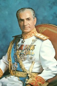 末代領袖的思索與境遇:伊朗國王巴勒維權力之路