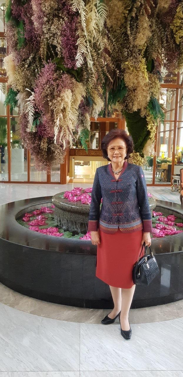 泰國中華會館理事長丘菁瑛女士與您有約sa-wat-dee-ka