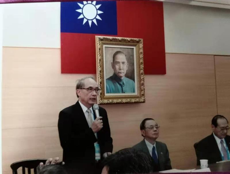 台灣教育改變一生  僑領饒培中感念在心