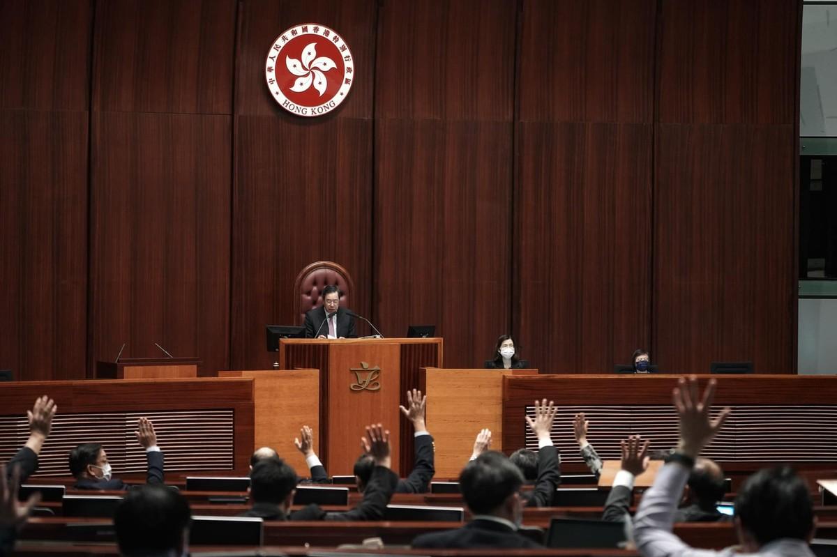 香港入境修訂條例8月1日生效  十七國聯合軍演示警中  趙婷VS習近平童年