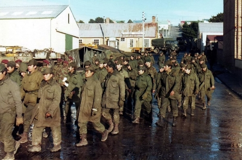轉動歷史的戰爭系列:不是足球而是海陸空作戰,英國PK阿根廷之福克蘭戰爭