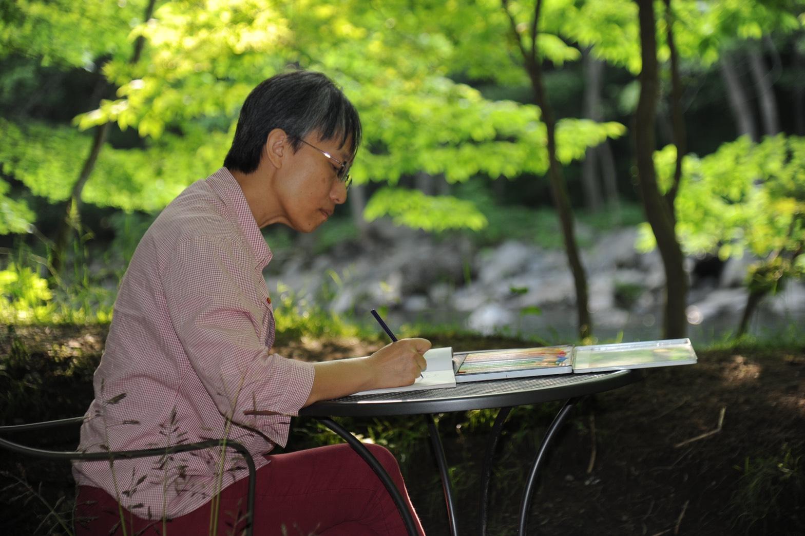 說溫馨故事的兒童文學作家 蔡聖華