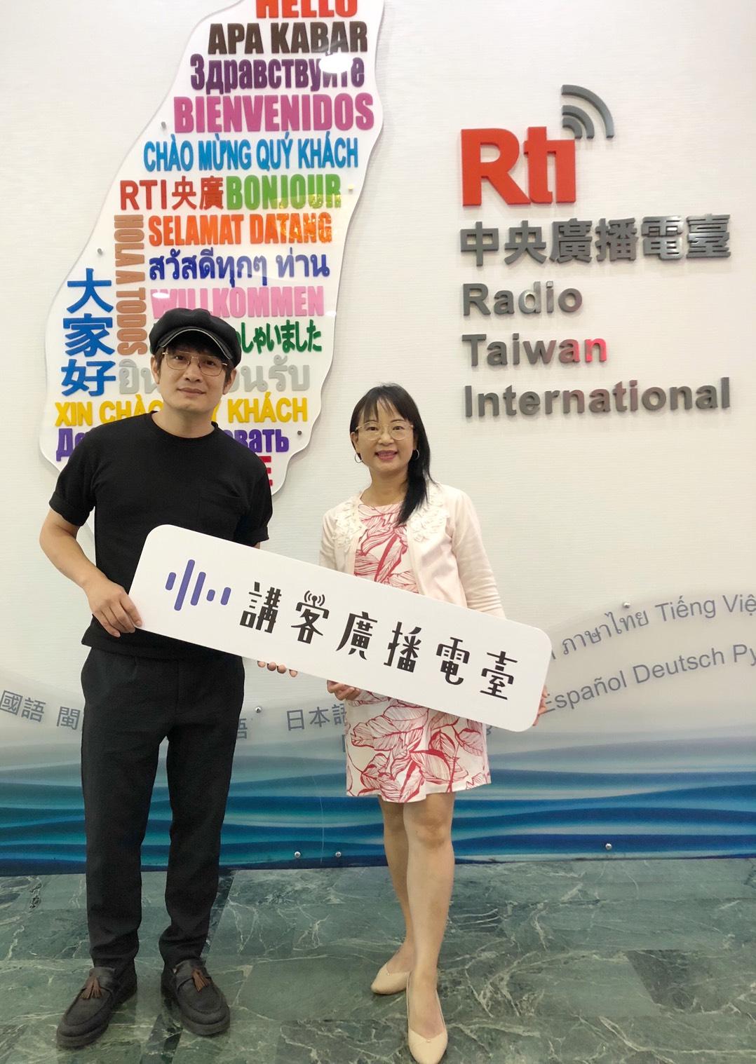 台灣第一張在太陽能錄音室錄製的專輯--羅文裕的「當太陽升起時」(上)