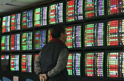 鴻海集團領頭漲 台股收復10500點