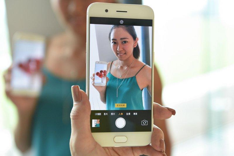 中國手機外銷增速快 拉動出口成長