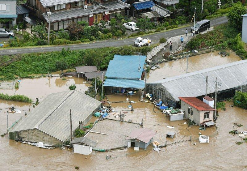 諾盧颱風襲日 2死51傷