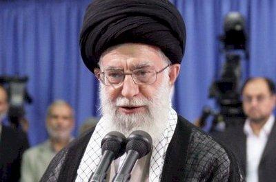 不惜代價結束示威 伊朗最高領導人下令血腥鎮壓