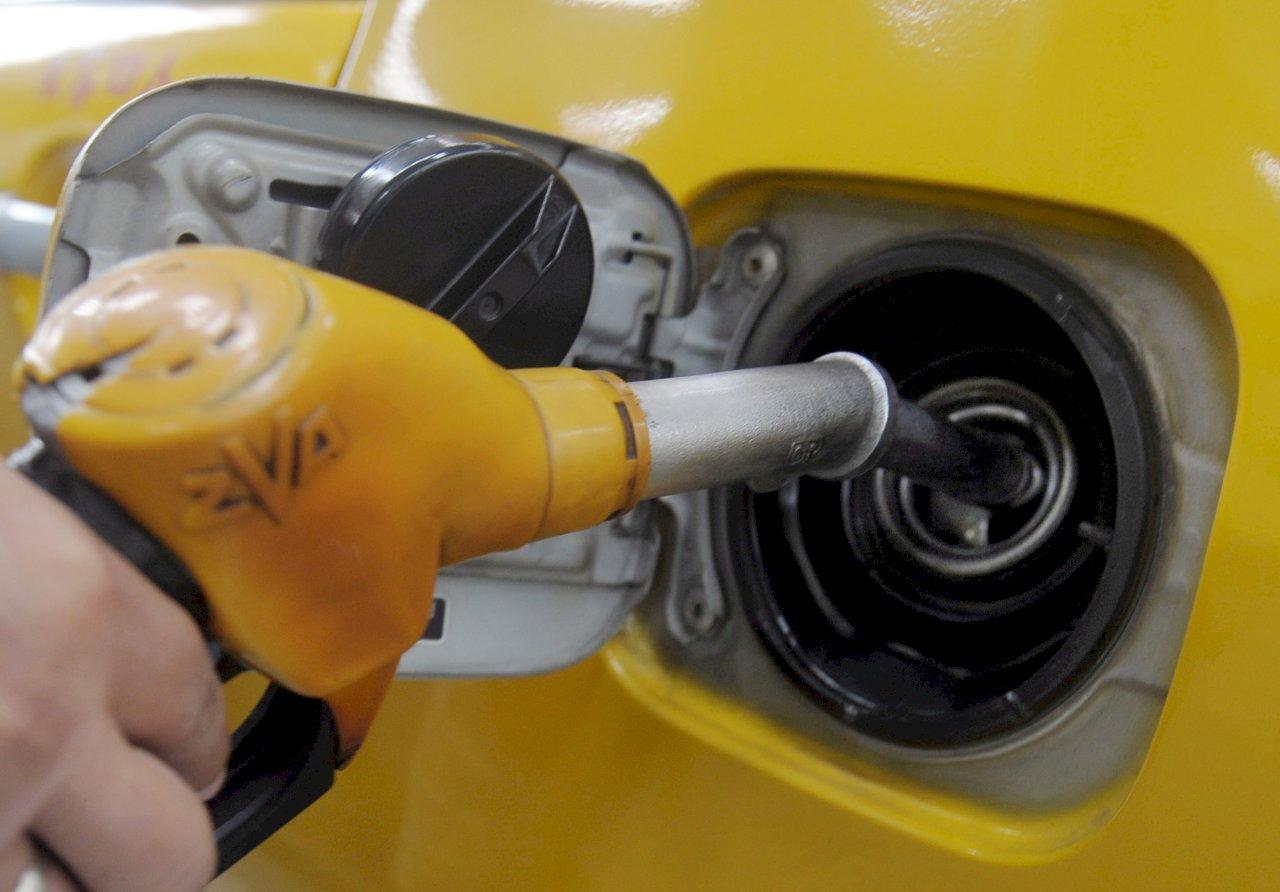 國際油價大漲
