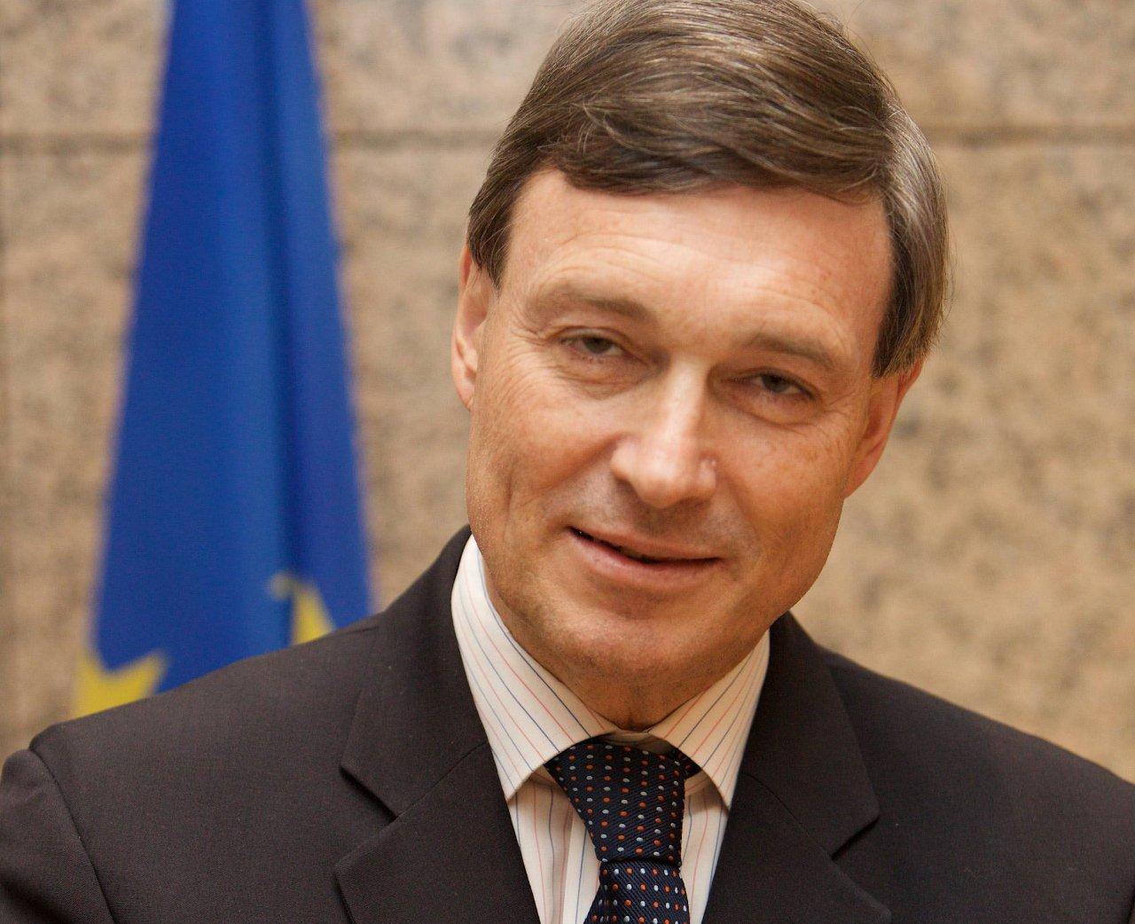 歐盟駐中國大使 籲北京釋放桂民海
