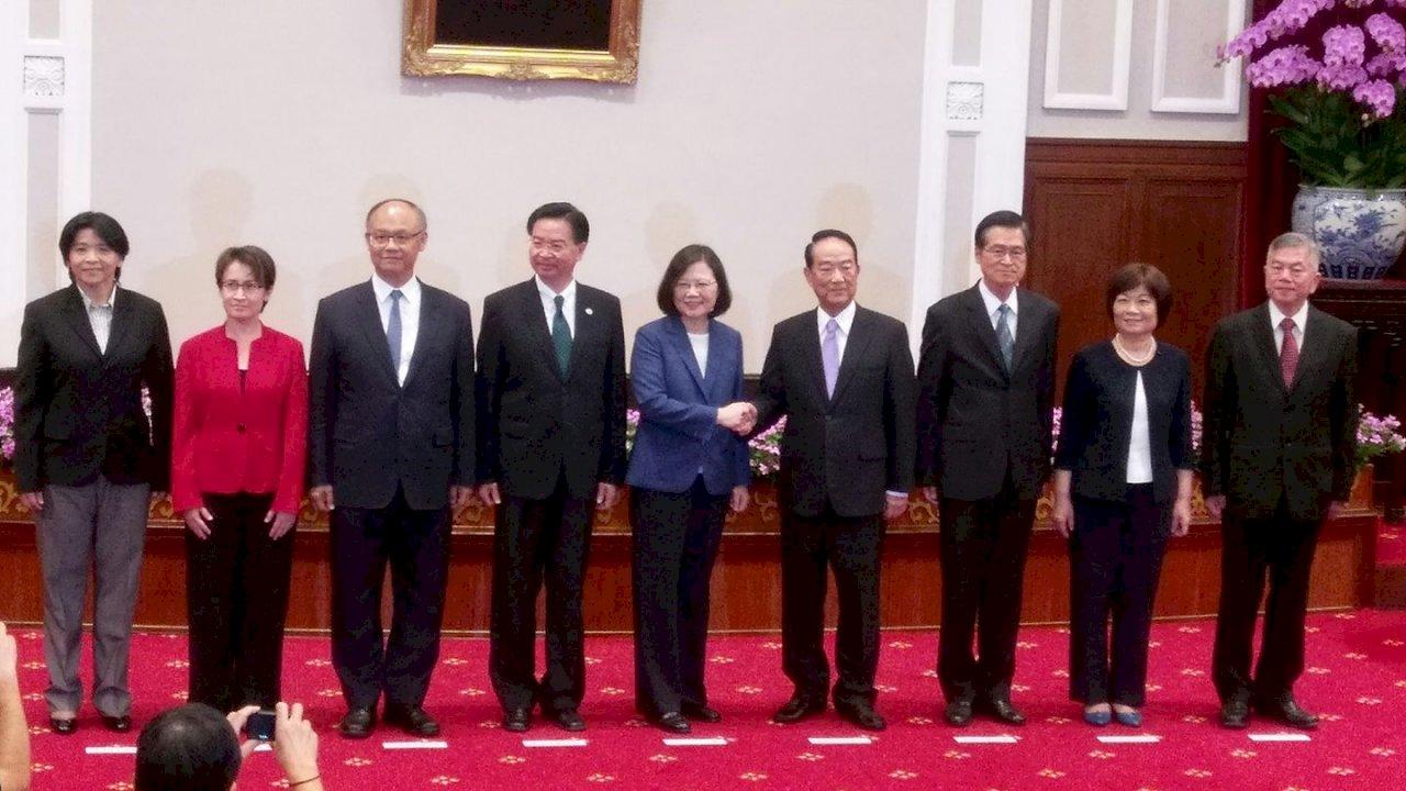 APEC領袖代表英雄榜 刻劃兩岸歷史風雲
