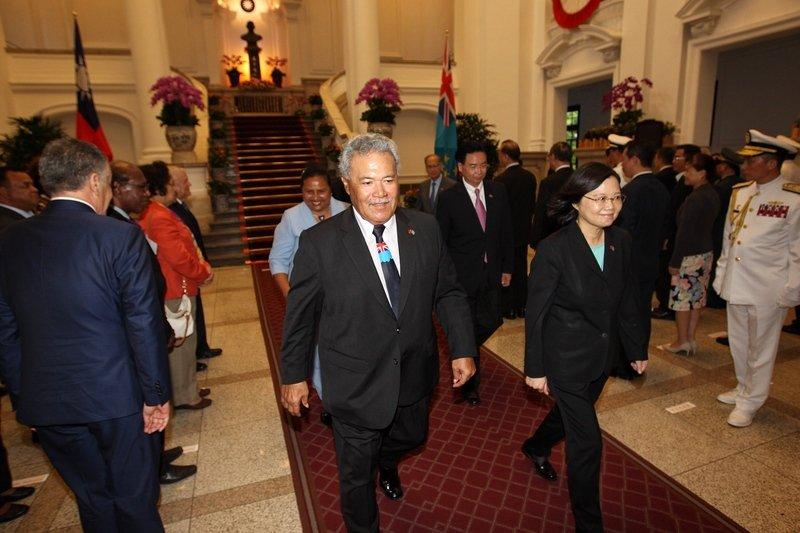 國宴款待索本嘉 總統:盼盡快訪問吐瓦魯