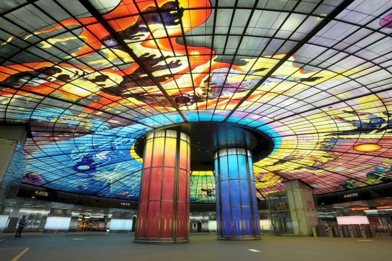 高捷美麗島站 美媒讚設計令人驚艷