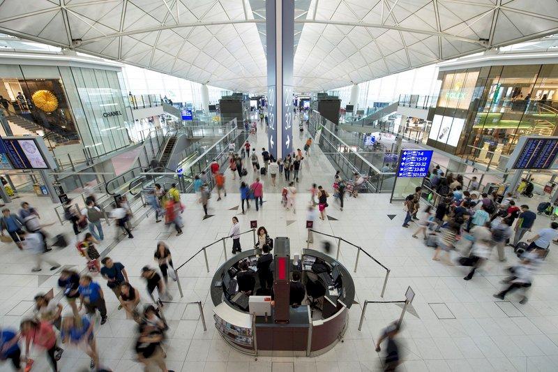 港府收緊新加坡等7國入境者檢疫措施