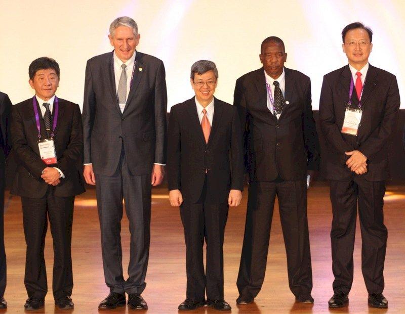 副總統:台灣將為全人類健康盡貢獻