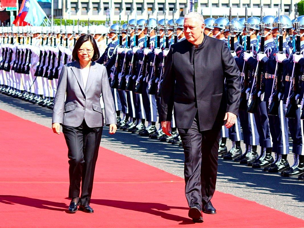 軍禮歡迎聖露西亞總理 總統:台露情誼友好