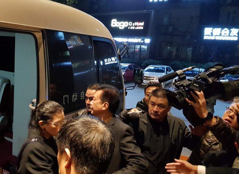 李凈瑜抵岳陽飯店 媒體被阻擋不准拍照