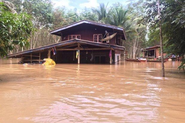 泰南水患 增至15死