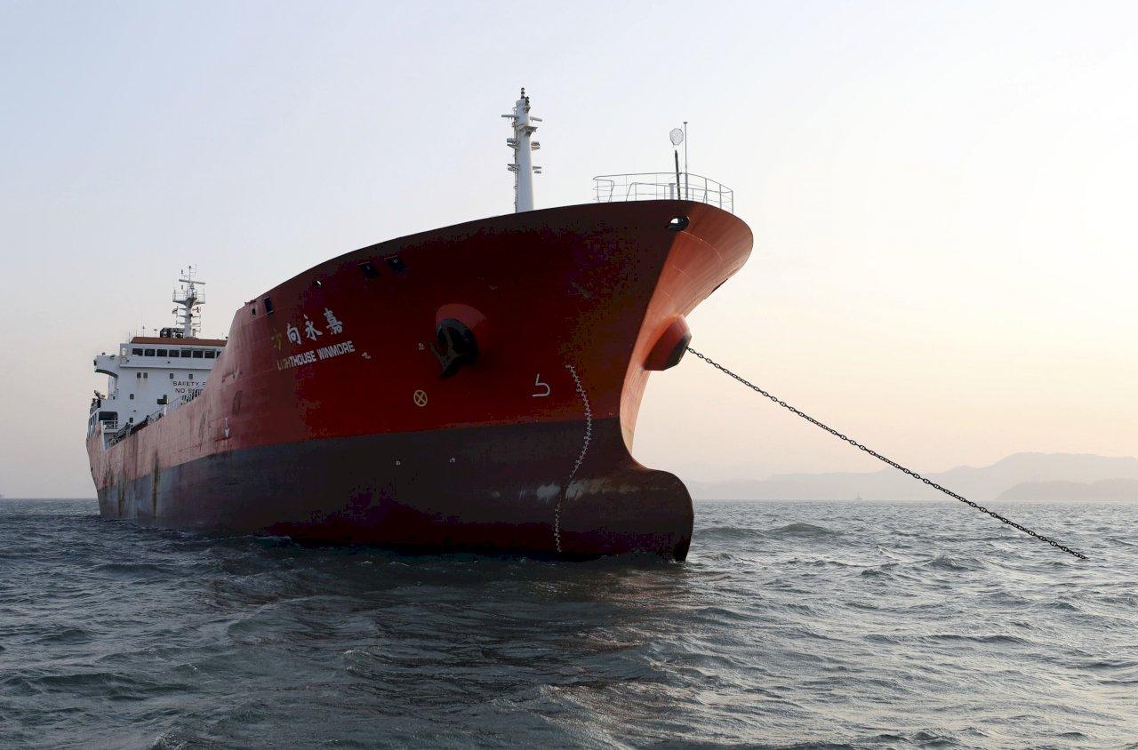 涉供油北韓港船曾往返台陸 後關追蹤器