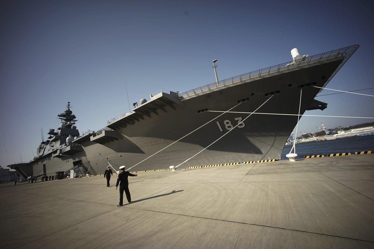 日美英艦艇首度聯合演訓 出雲號護衛艦參與