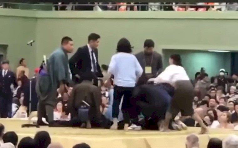 土俵 相撲 女性