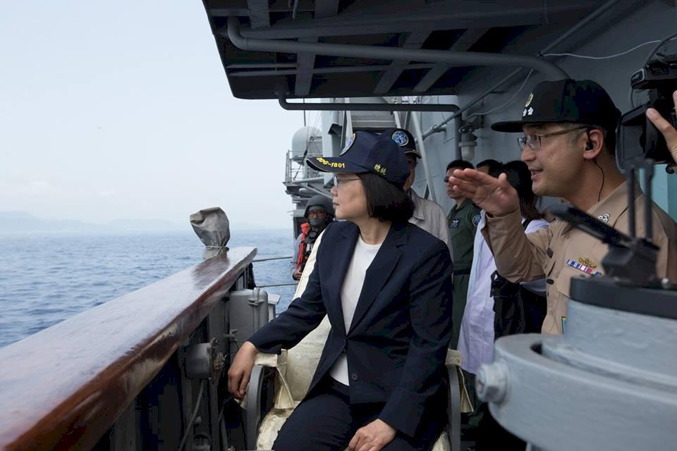 蔡總統首度登艦出海視導 強化整備應變能力