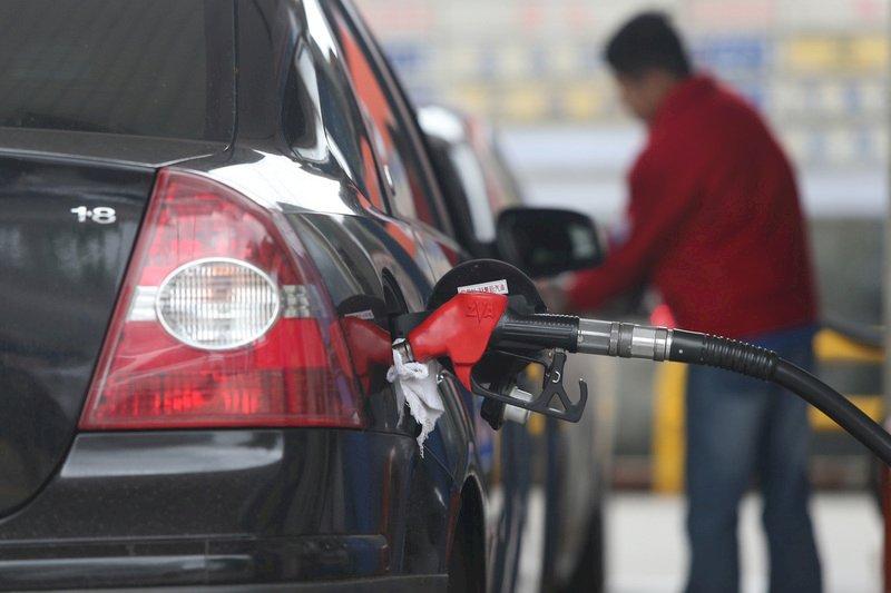 國際油價漲跌互見 汽柴油價4日起不調整