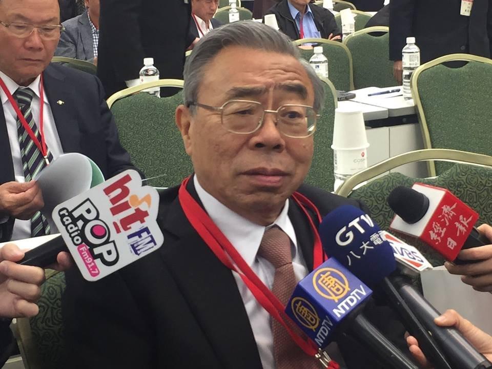 郭台銘評估參選總統 王文淵:恭喜他