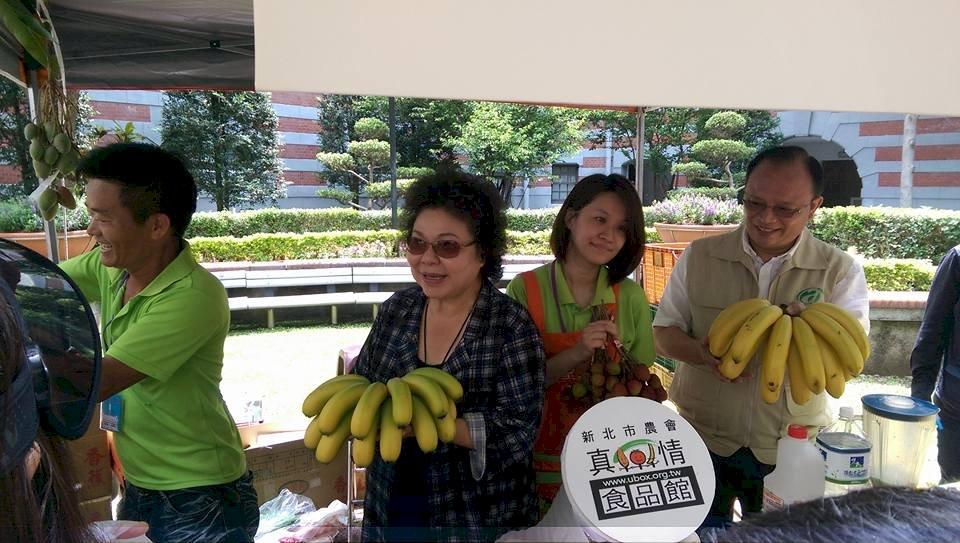 陳菊:幫農民行銷跟外交一樣重要