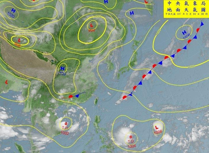 兩低壓可能成颱 週末天氣不穩定