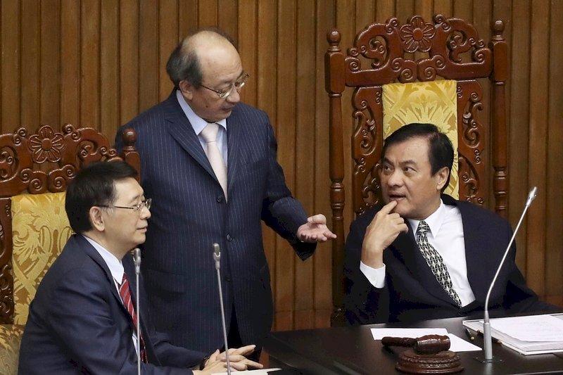 藍委要賴揆治水報告 柯建銘:政院都會說明