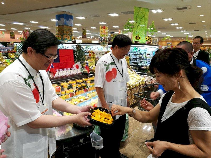 芒果外銷 台南首度和日本連鎖超市合作