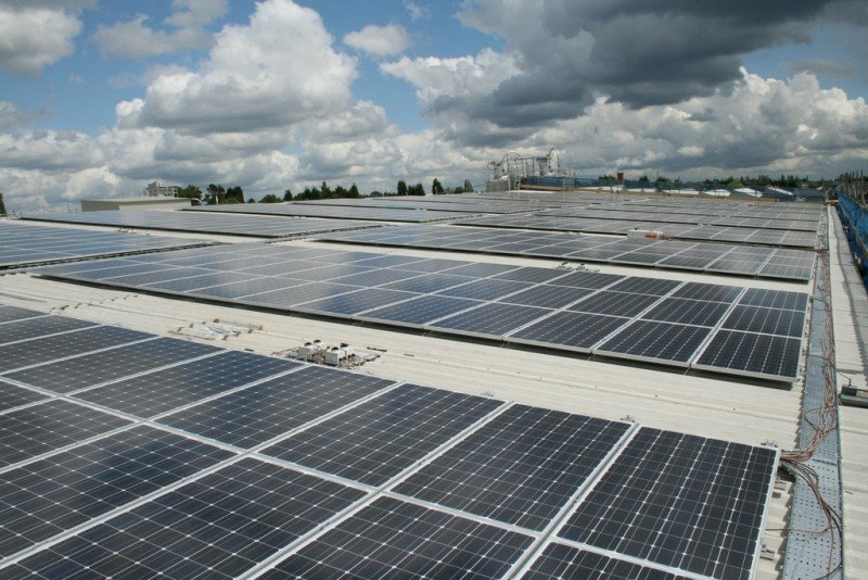 發展綠能 開放公墓設太陽光電發電設施