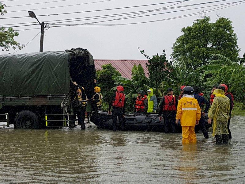 嚴防下波雨勢 國防部災變中心升為一級開設