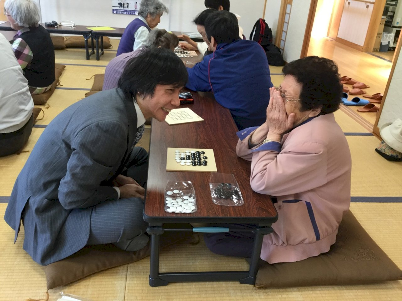 享受「純棋」樂趣 王銘琬:差90歲也能成為朋友