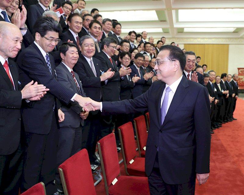 貿易戰當前 李克強會日本經濟高層呼籲合作