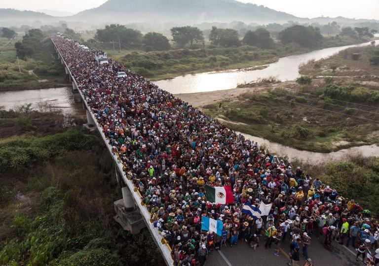 1,500名移民欲前往美國 墨國軍隊阻止入境