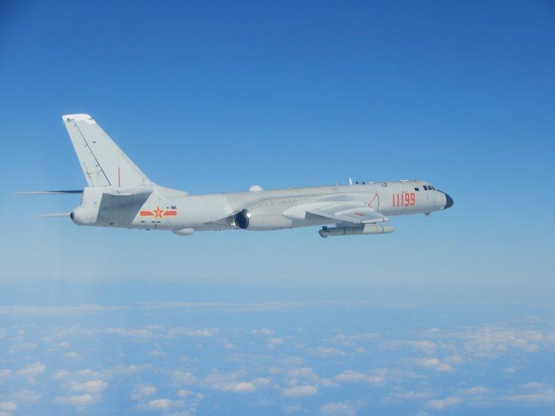 中共運八進入台灣西南空域 國軍空中偵巡機驅離