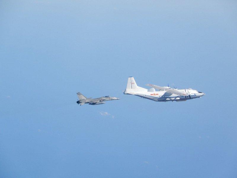共機上午再侵擾台防空識別區 空軍戰機監控應對