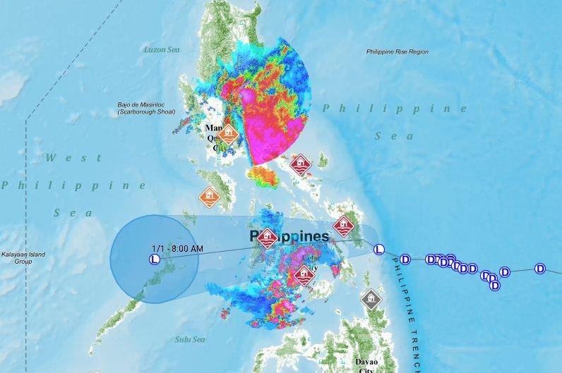 風暴侵襲菲國中部釀4死 萬人撤離家園