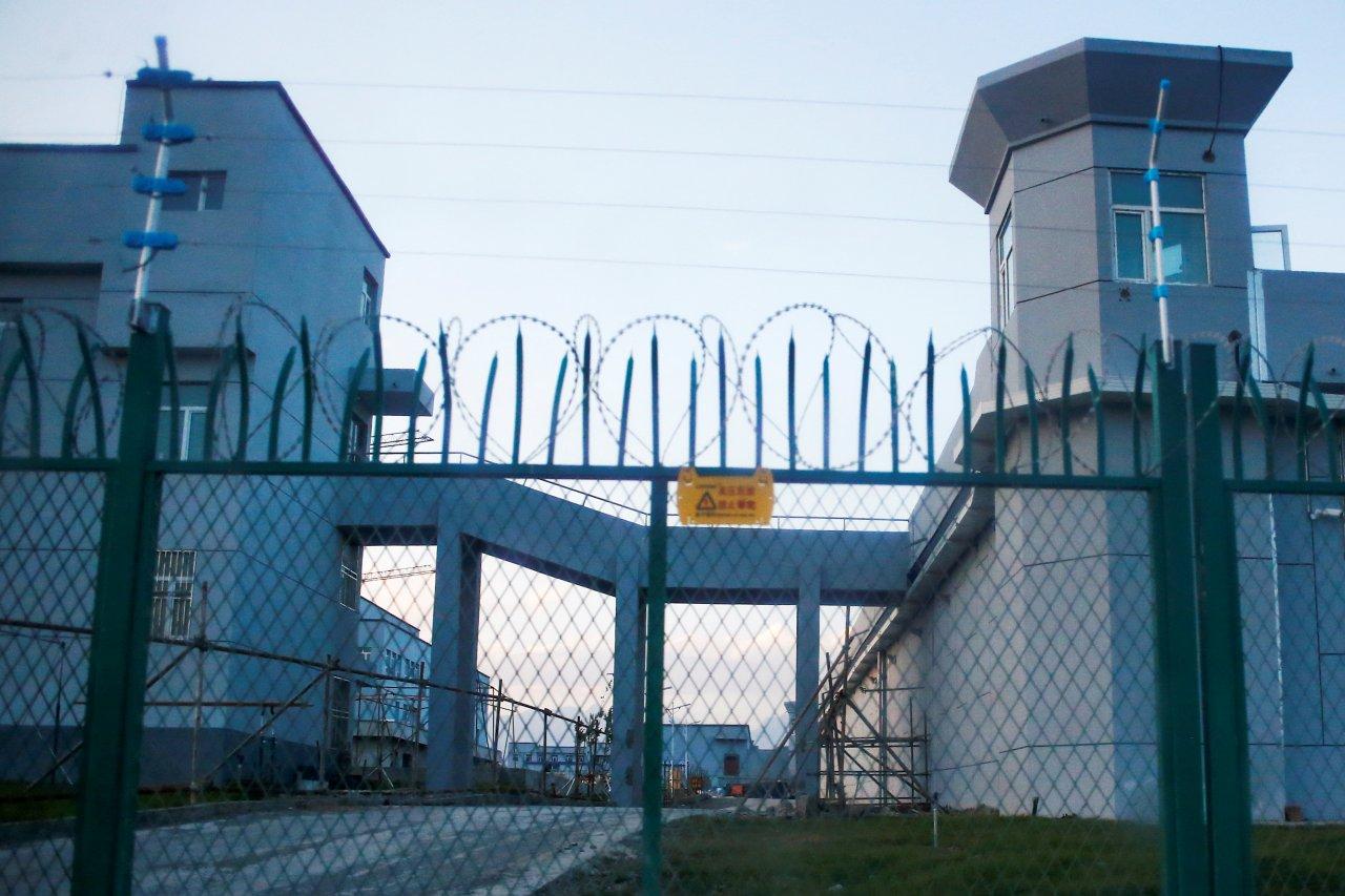 新冠病毒疫情中的新疆集中營