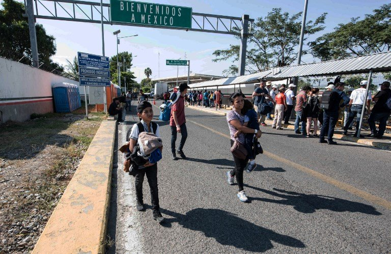 移民大車隊跨越邊界 墨西哥扣押2千多人