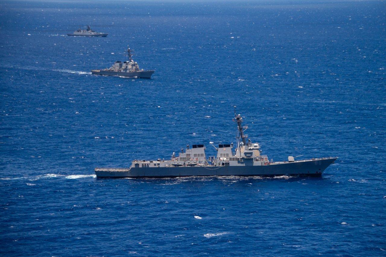 美軍:已派兩軍艦通過台灣海峽
