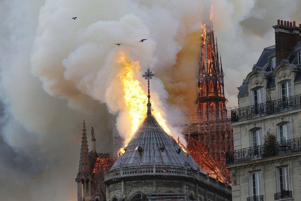 巴黎聖母院失火 恐修繕肇災暫無人傷亡