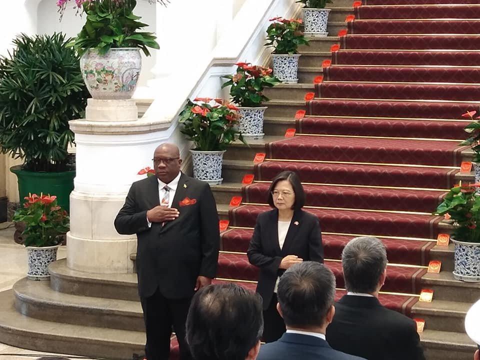軍禮歡迎克國總理到訪 蔡總統:持續深化夥伴關係