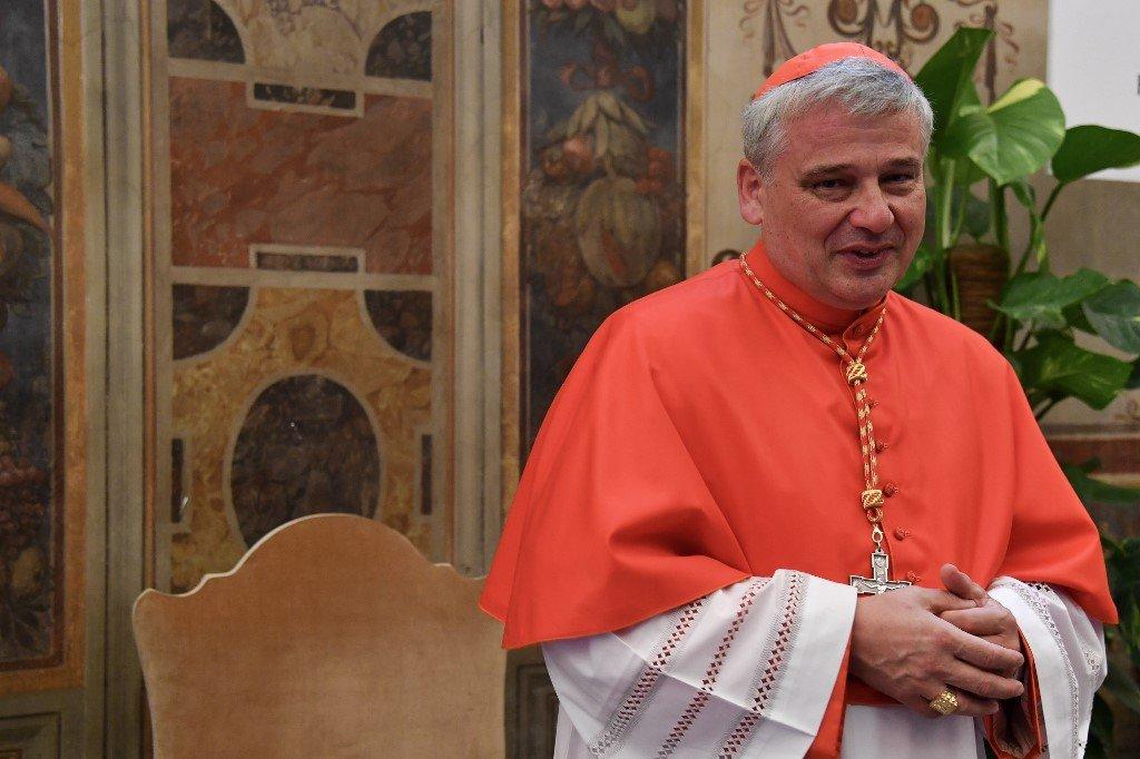 教宗的羅賓漢 波蘭主教爬人孔為遊民接電