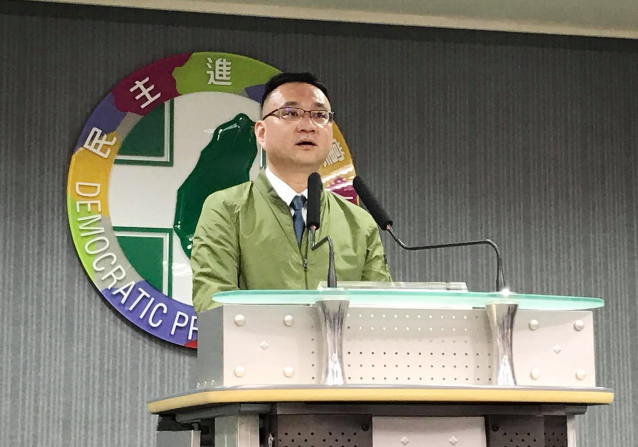 韓國瑜質疑潛艦國造 蔡陣營:應先做好功課