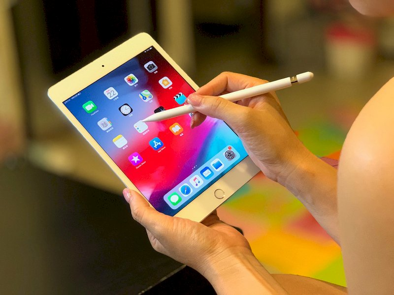iPhone與iPad有安全漏洞 駭客竊資恐已數年