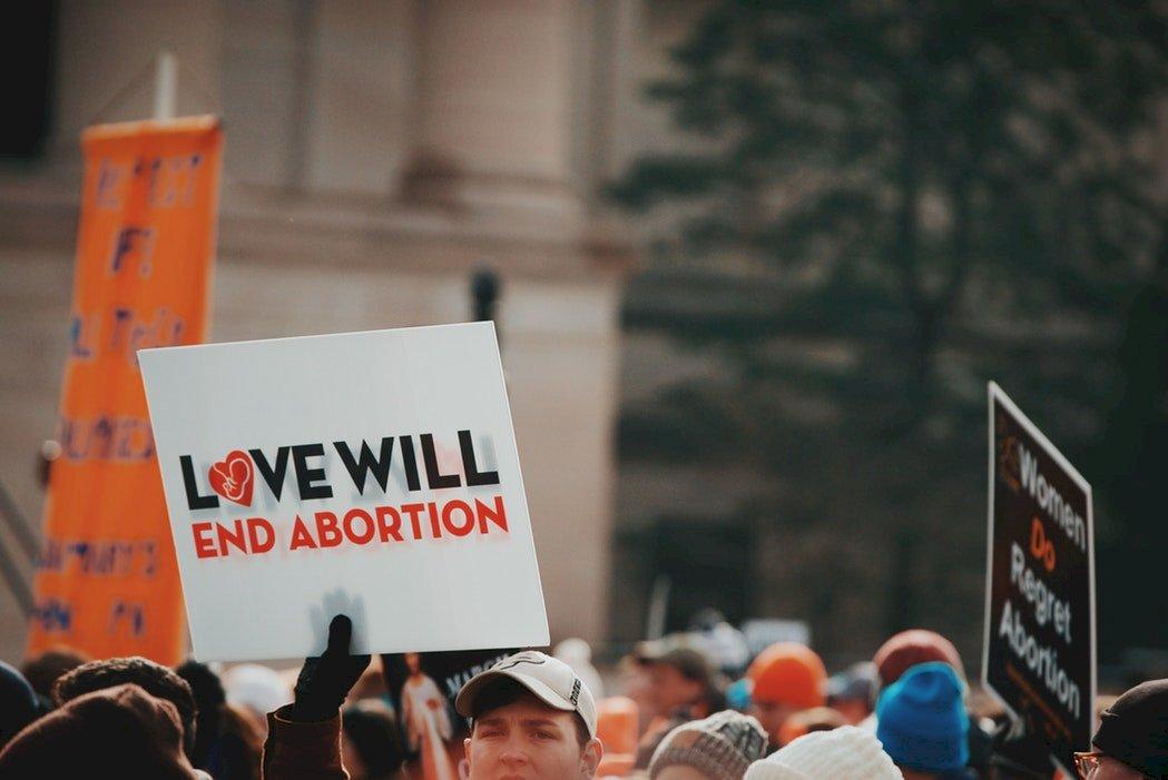 墮胎權爭議再起 成美國未來選戰的關鍵戰場